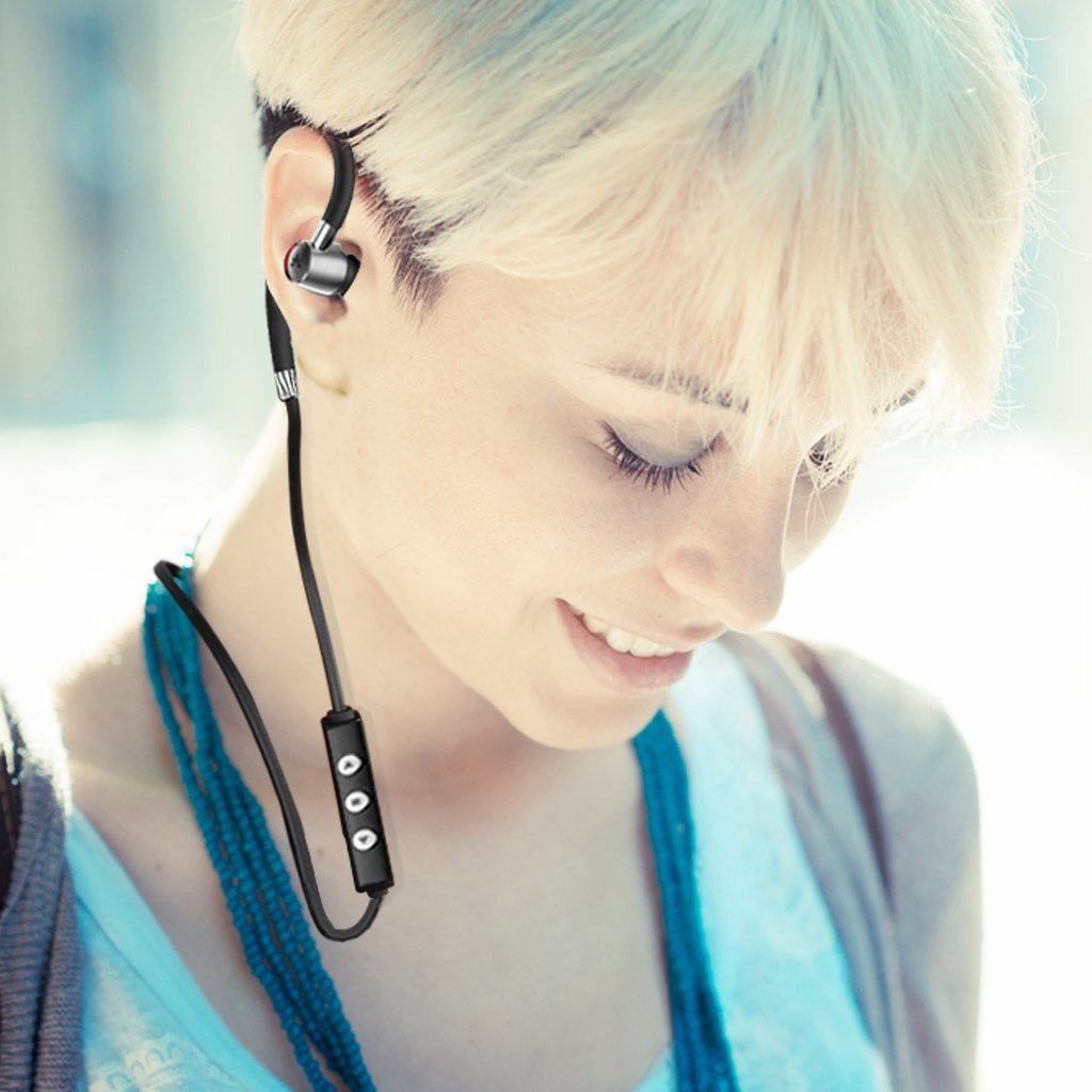 How to Find Your Ideal In-Ear Headphones for Running